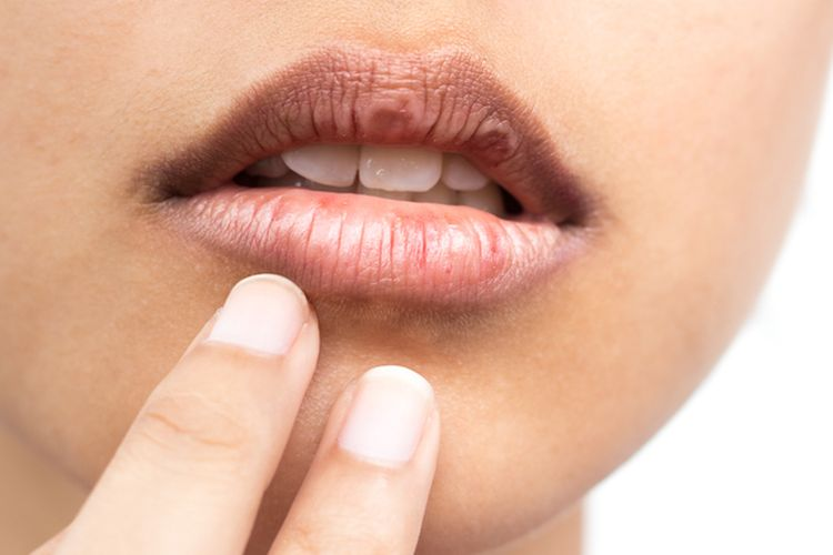 Options for using coconut oil for lips